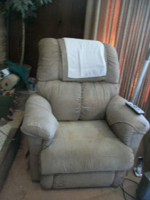 The old recliner still a winner in Atlanta Estate Sales